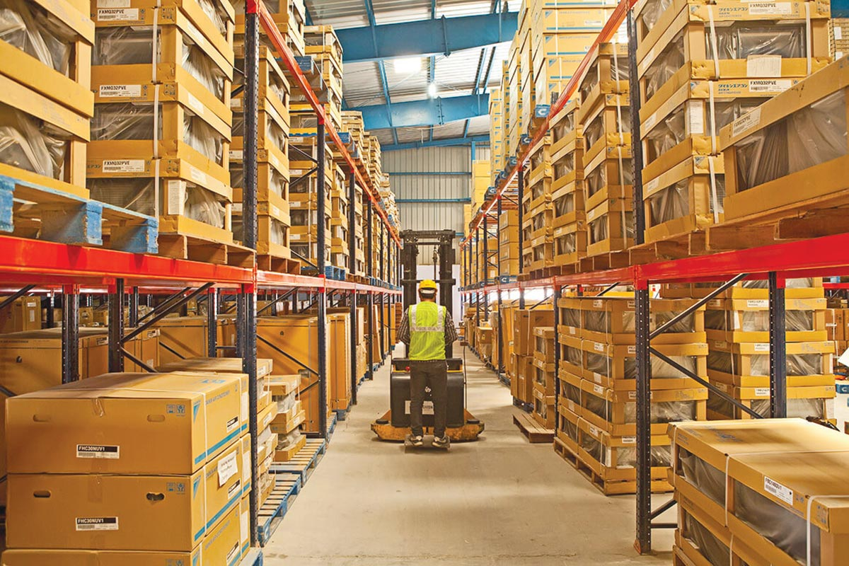 distribution and warehousing management